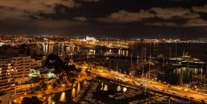 Panorama Hafen Palma de Mallorca bei Nacht Nov. 2009