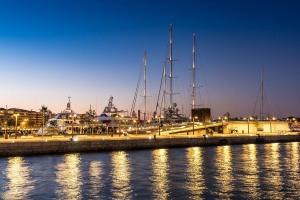 Hafen-Dalt-Vila-am-Abend-17-009