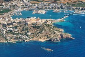 Ibiza-Dalt-Vila-Puerto-2017-001